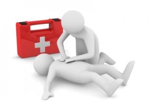 La formation aux premiers secours intégrée à la formation au permis
